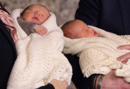 рождение близнецов фото