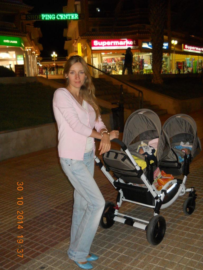 фото коляска с близнецами