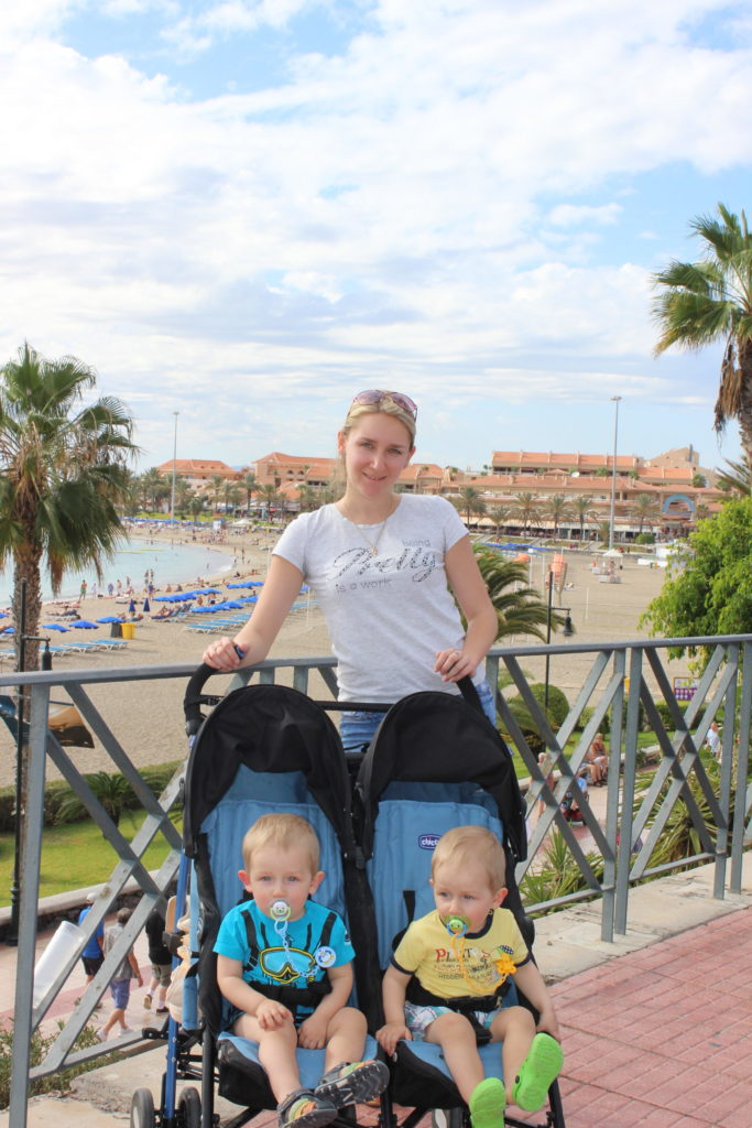 фото коляски для близнецов
