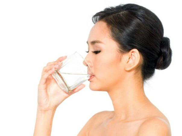 принимать воду как правильно