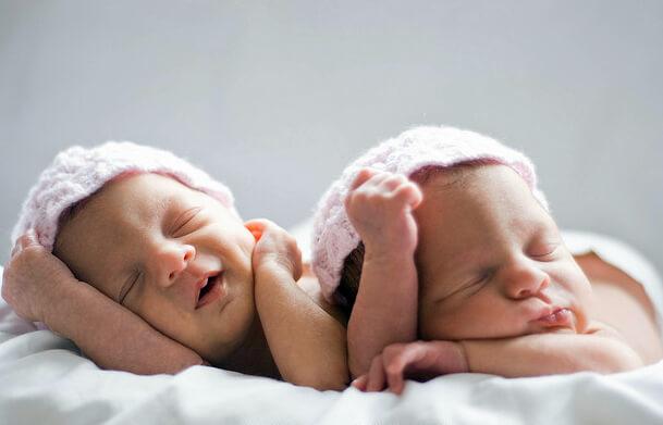 фото близнецы и двойняшки