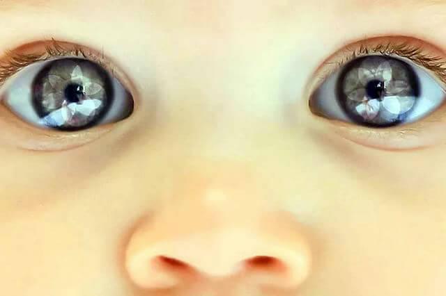 зрение новорожденного