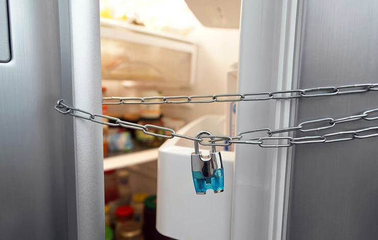 холодильник на замок