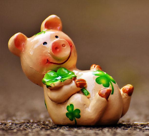 статуэтка свиньи