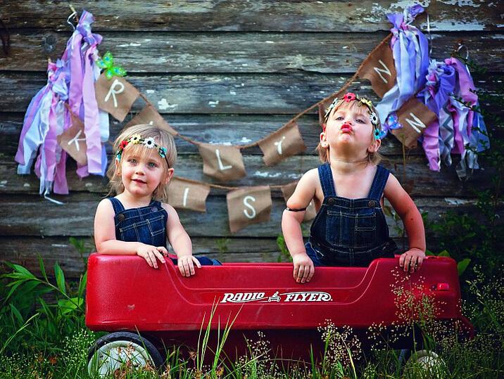 девочки близнецы фото