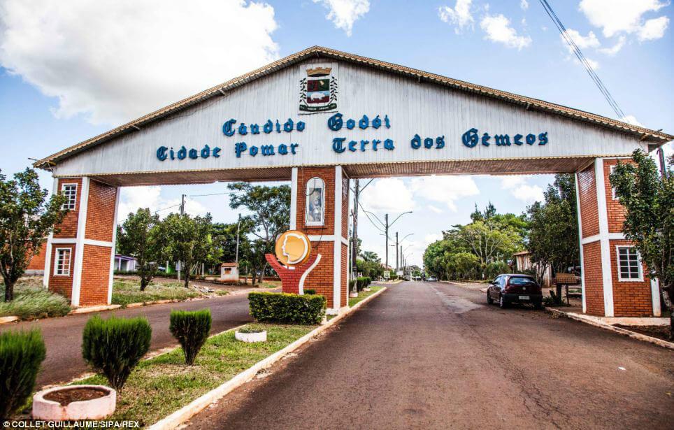 Город Кадндидо Годои