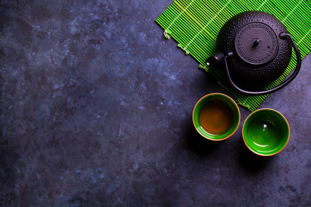 фото чайник и чашки