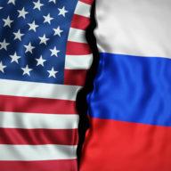 флаги русский и американский