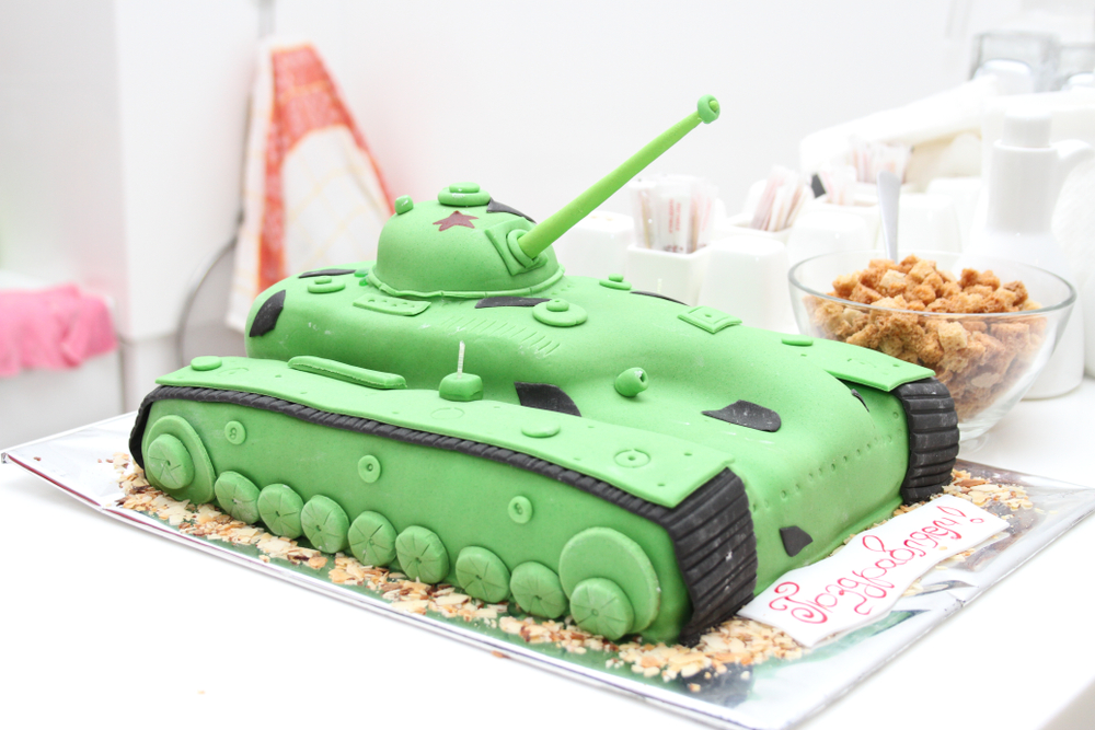 подарить мужчине торт